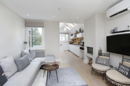 Builders and Joinery Kitchen in Wimbledon Village